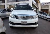 TOYOTA Hilux SW4 Hilux SW4 4x2 SRV 2.7 VVT-I AT Cuero